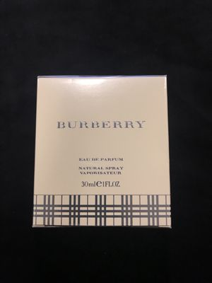 Burberry 1.oz FL parfum for Sale in Las Vegas, NV