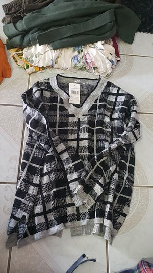 Brand new knit sweater with tags for Sale in La Habra Heights, CA