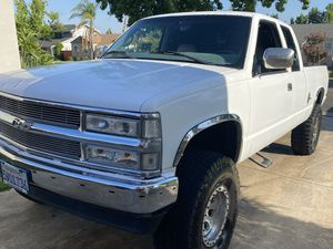 1997 Chevy silverado pickup truck for Sale in Claremont, CA