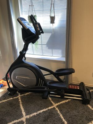 Sole E25 Elliptical for Sale in Dallas, TX