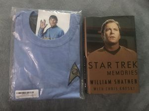 New - Star Trek Hardback Book and Tee with stickers Set for Sale in Sterling, VA