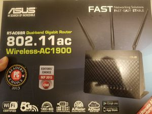 Asus rt-ac68r gaming router for Sale in Columbia, TN