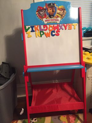 Paw patrol easel for Sale in Chicago, IL