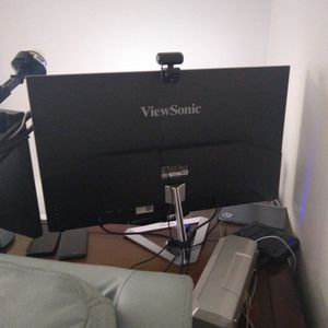 Viewsonic 32 Inch Monitor 1080p Like New for Sale in Riverview, FL