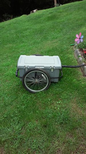 Bike trailer for Sale in East Pittsburgh, PA