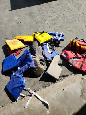 Life jackets kids for Sale in Fresno, CA