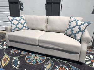 New sofa or couch for Sale in Columbus, OH