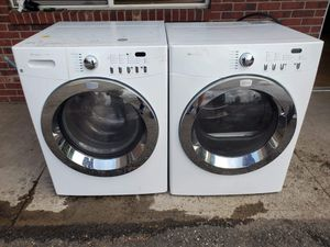 Fridgidaire washer and electric dryer set good working condition for Sale in Denver, CO