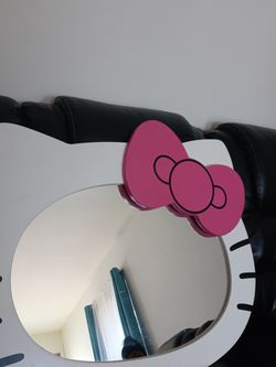 Hello Kitty Wall Mirror for Sale in Columbus,  OH