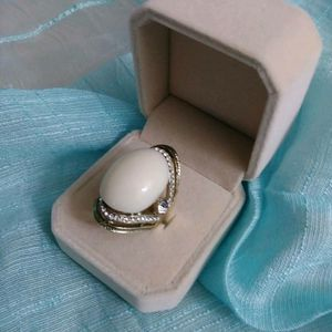 BEAUTIFUL RINGS ( BUSINESS CLOSE OUT SALE ) for Sale in Bothell, WA
