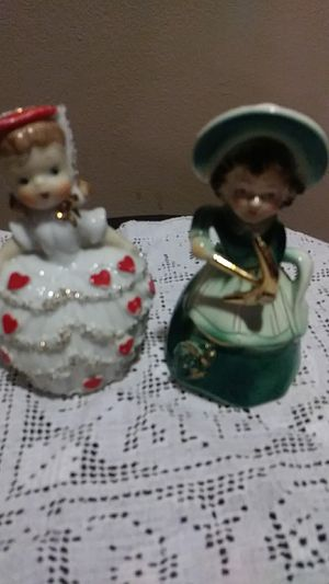 Collectible vintage figurines for Sale in Miami, FL