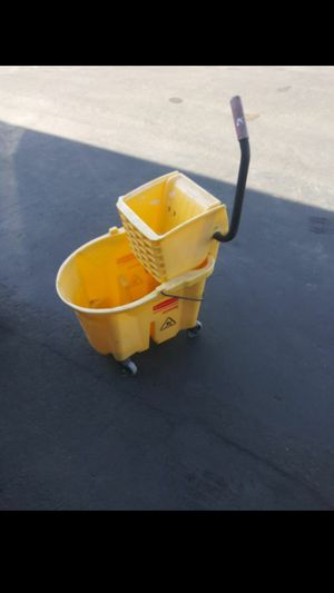 Mop bucket w/ mop stick for Sale in Vista, CA