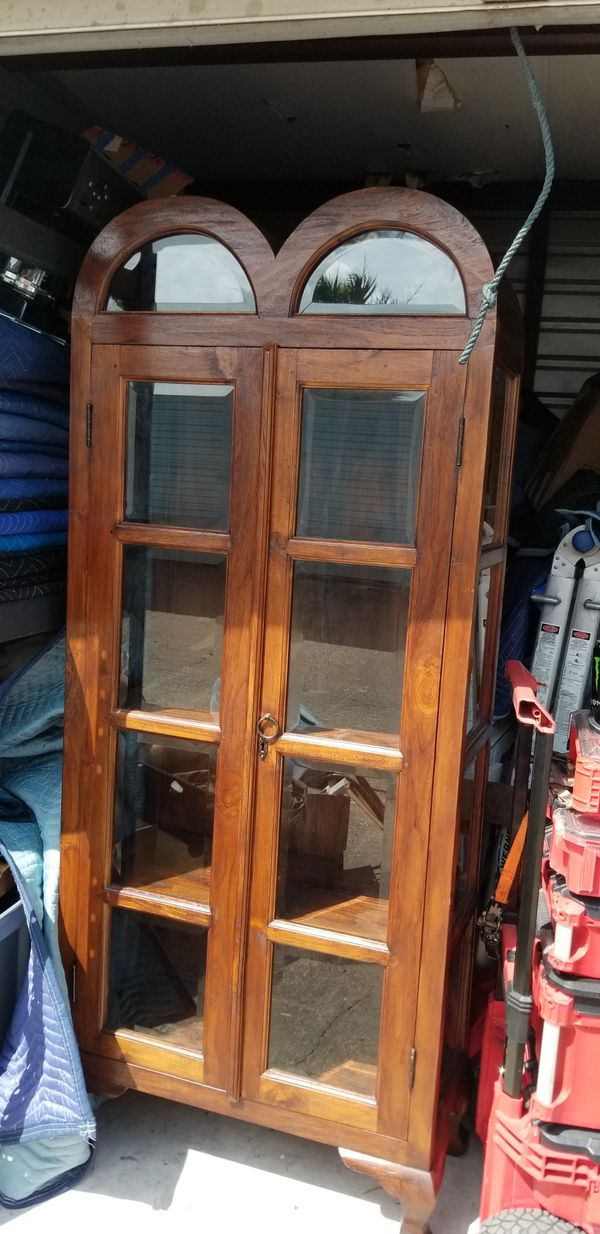 China cabinet for Sale in Austin, TX - OfferUp