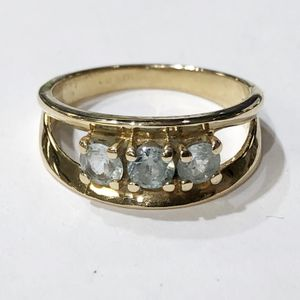 10K Yellow Gold Woman's Anniversary Ring Size: 8.5 with approx. 0.75cttw Lt Blue Stones **Great Buy** 10011906-5 for Sale in Tampa, FL