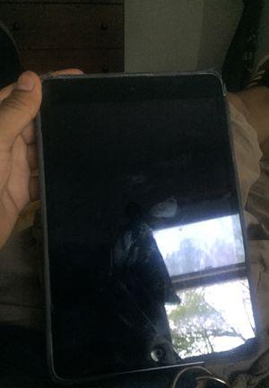 iPad mini 2 16 gb for Sale in Kansas City, KS