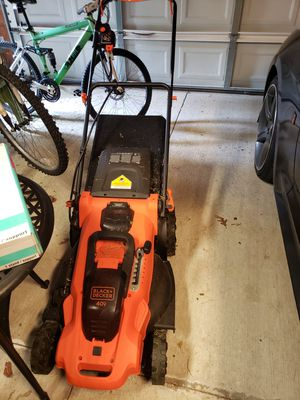 2 lawnmowers for Sale in Virginia Beach, VA