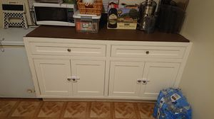 Kitchen cabinet storge for Sale in Vallejo, CA