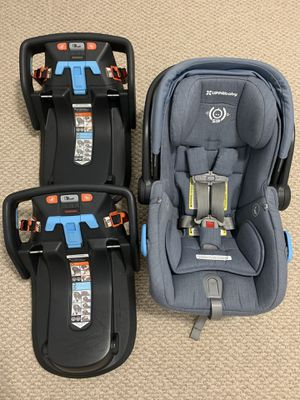 Uppababy Car Seat and extra base for Sale in Miami, FL
