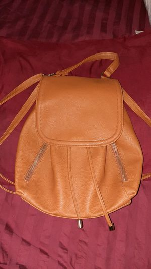 Brand new leather backpack (purse) for Sale in Las Vegas, NV