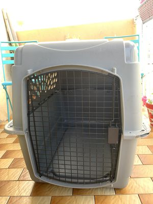 Dog kennel extra large for Sale in Miami Beach, FL
