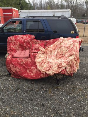 Red toile bedroom set for Sale in Powhatan, VA