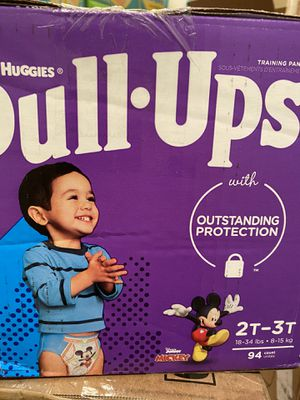 Huggies pull ups 2t 3t 94 count for Sale in West Los Angeles, CA