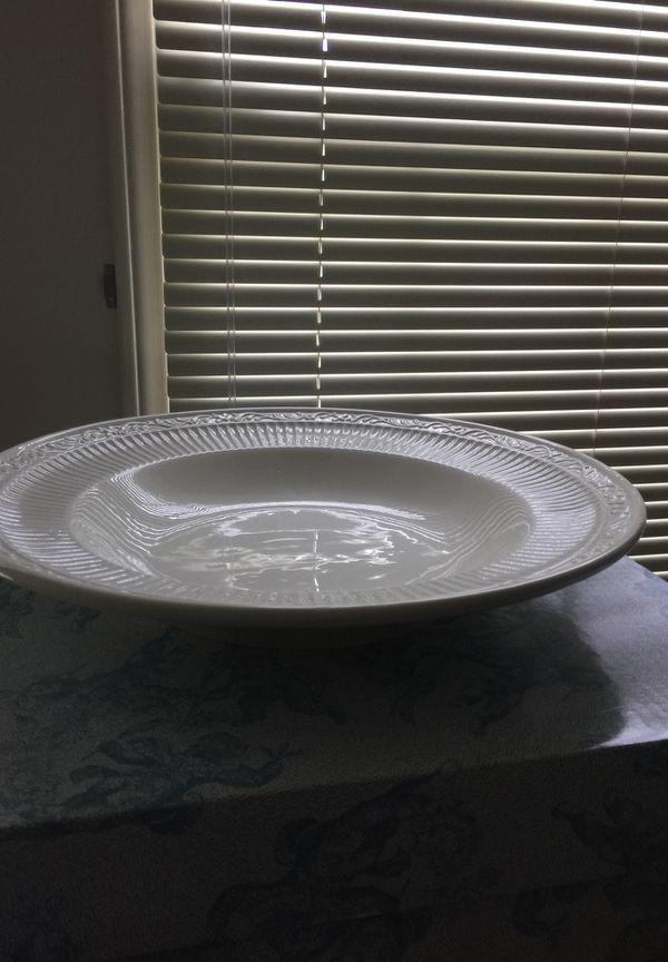 """Mikasa , pasta bowl 15"""""""