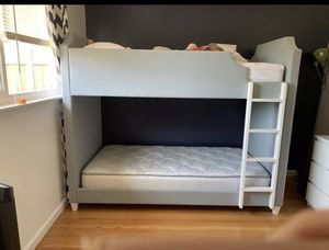 Bunk bed twin size for Sale in Santa Clara, CA