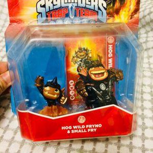 Skylanders Trap Team Hog Wild Fryno & Small Fry Interactive Game Play Pieces for Sale in Birmingham, AL