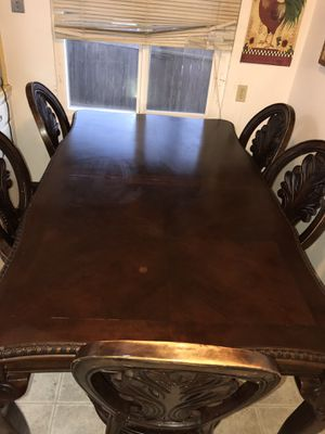 Kitchen table for Sale in Yuba City, CA