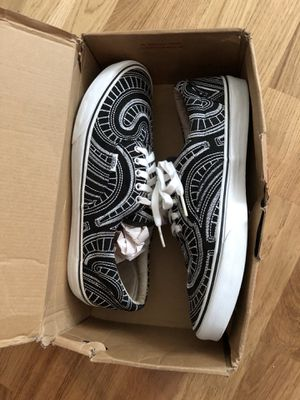 Supreme x vans uptown Era size 13 for Sale in New York, NY