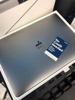 MacBook Pro 2019 Touch Bar 256GB for Sale in Tacoma, WA