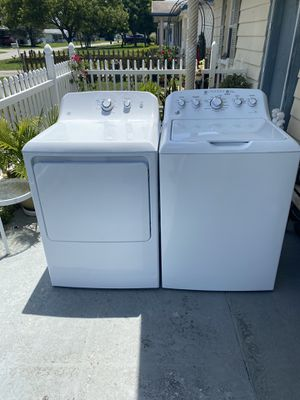 like new washer and dryer GE super clean for Sale in New Port Richey, FL
