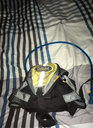 Insullated camelbak for skiing snowboarding and biking for Sale in Everett, WA