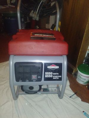 Briggs & Stratton 5550 w 8550 starting Watts series generator for Sale in Port Richey, FL