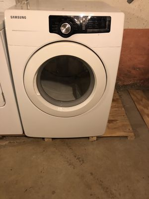Samsung washer and dryer for Sale in Bridgeport, CT