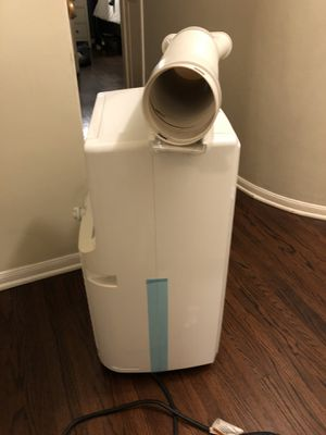 Honeywell Portable AC Unit w/ Dehumidifier & Fan w/ Remote (model MN10CESWW) BBC for Sale in West Hollywood, CA