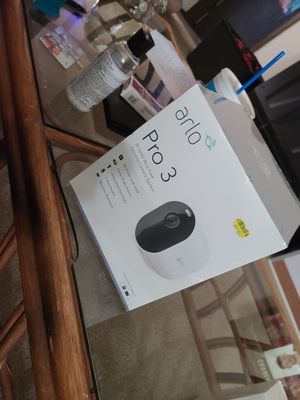 Arlo Pro 3 (1 camera system) Brand new for Sale in Newton Falls, OH