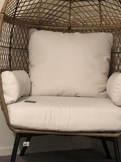 Adult Egg Chair $250 OBO for Sale in Dinuba,  CA
