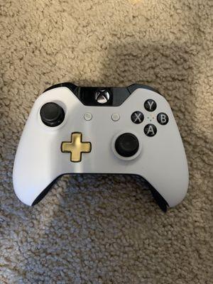 Xbox one controller for Sale in Sacramento, CA