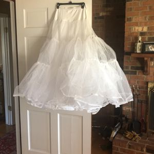Pettiecoat (size Medium)- For Wedding Dress for Sale in Germantown, MD