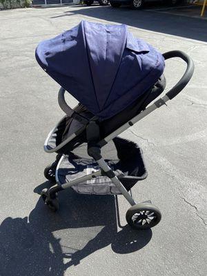 Evenflo travel modular system (stroller & car seat) for Sale in Altadena, CA