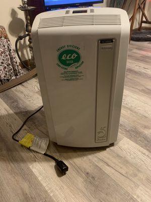 Dē'Longhi portable 3-in-1 air conditioner, tankless dehumidifier, and fan $250 obo for Sale in Marietta, GA