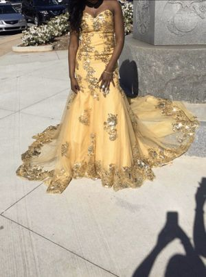 Yellow/Gold Sequin Prom Dress for Sale in Conyers, GA