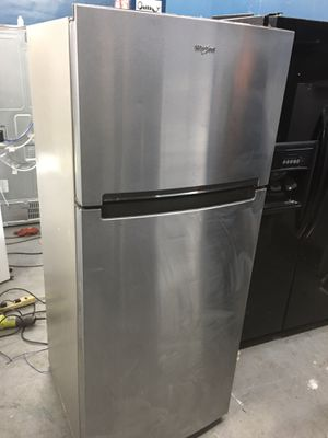 Whirlpool stainless steel top freezer refrigerator for Sale in Huntington Beach, CA