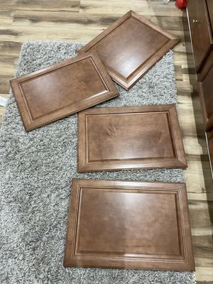 High end cabinet facing Free for Sale in Libertyville, IL
