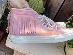 Pink Suede Sk8-hi Vans for Sale in Ontario, CA