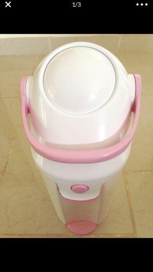 Baby Trend- Deluxe diaper can for Sale in Hayward, CA