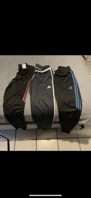 Adidas WOMAN for Sale in Houston, TX