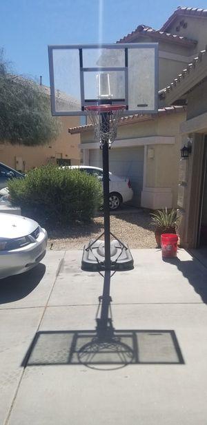 52in portable basketball hoop for Sale in Maricopa, AZ